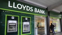Lloyds Banking Group launches 1 billion pounds share buyback