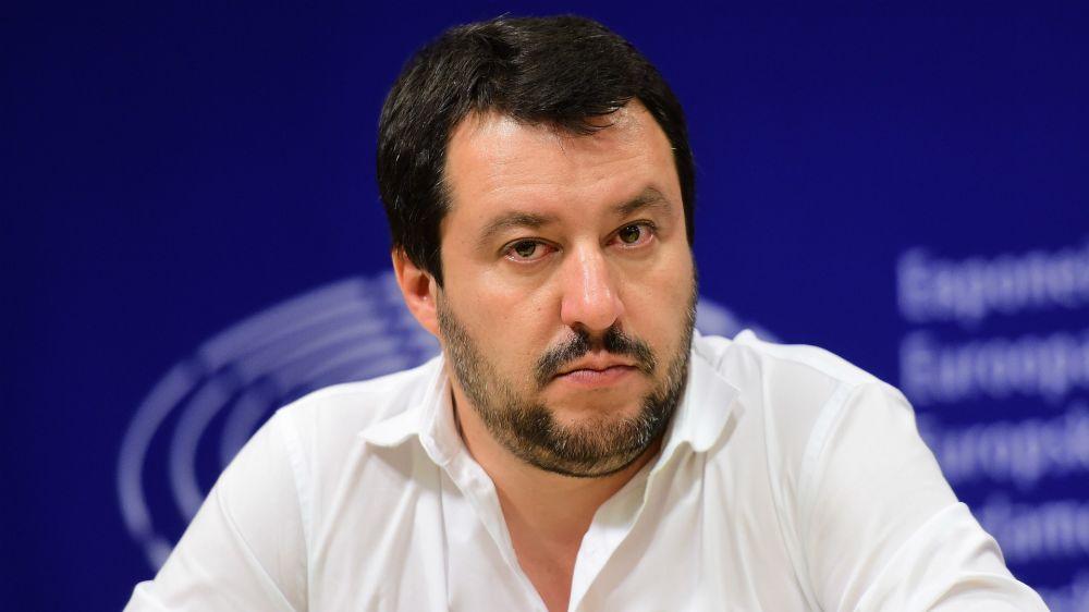 """Milan ai cinesi, Salvini è perplesso: """"Avrei preferito una proprietà italiana"""""""