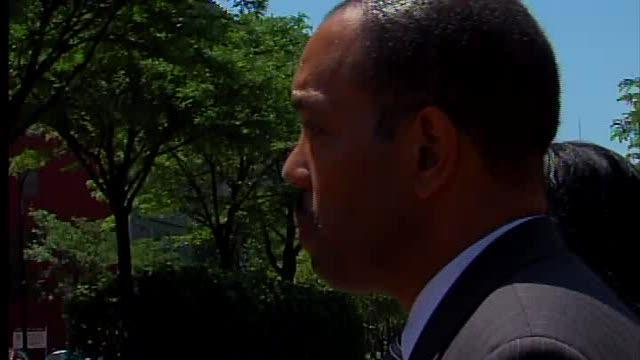 Judge Terry takes stand in corruption trial