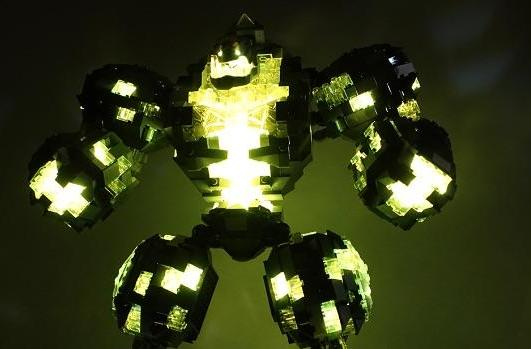 We want this amazing WoW LEGO lamp