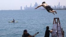 This Chicago bus driver jumped into Lake Michigan every day for an entire year