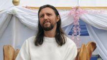 'Sono Gesù reincarnato', arrestato leader setta