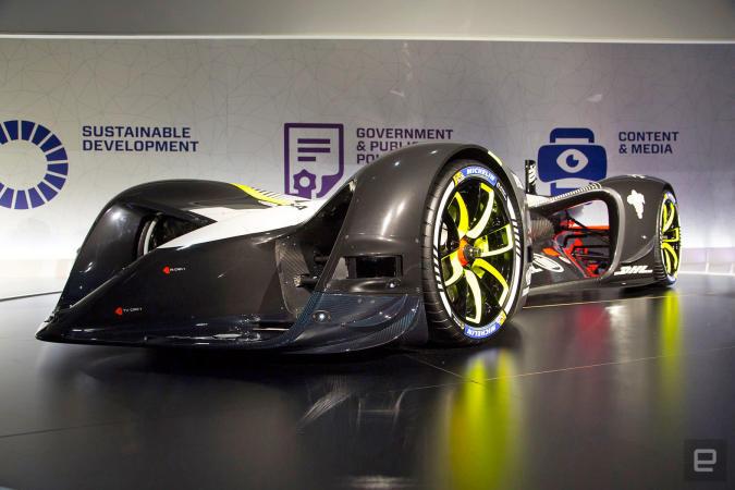 Roborace unwraps its driverless electric car