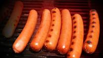 Report: Steaks may be safer than hot dogs, salami for men