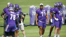Vikings offensive line far from settled as Christian Darrisaw remains sidelined