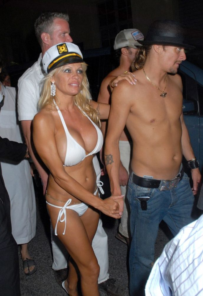 Pamela Anderson celebrated her love with Kid Rock. (Photo: Getty Images)