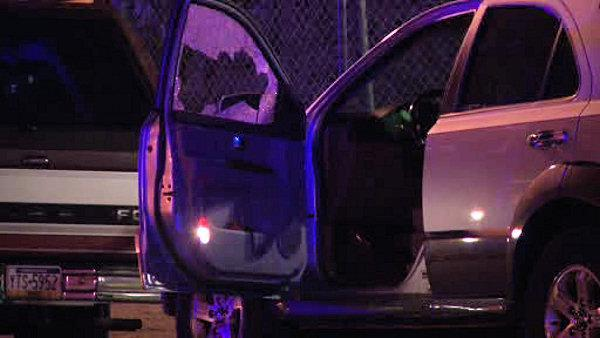 Victim runs to safety after shooting in West Oak Lane