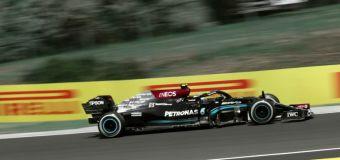 Mercedes pair edge Verstappen in Hungarian Grand Prix practice 'sauna'