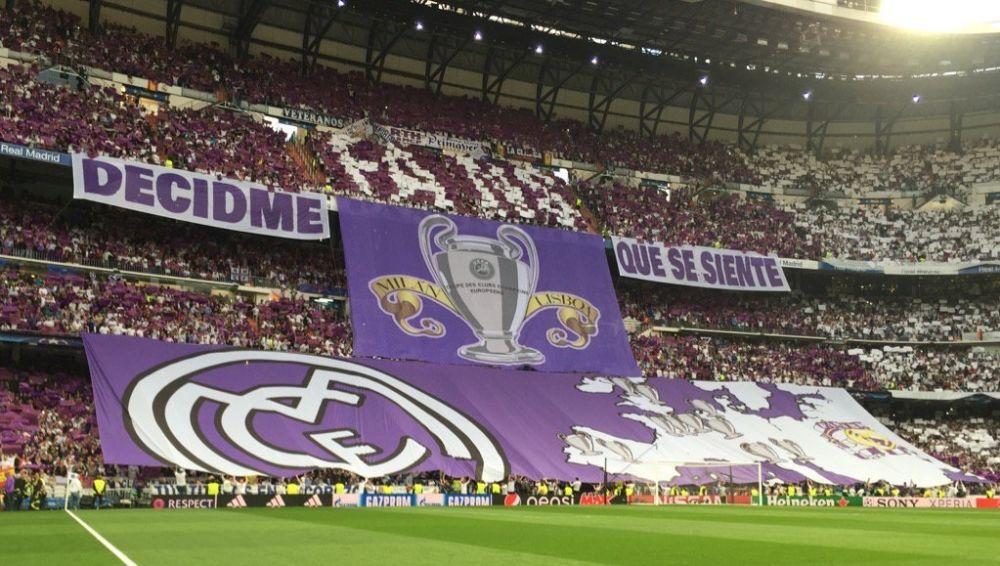 Real-Atlético: d'énormes tifos chambreurs déployés dans Bernabeu