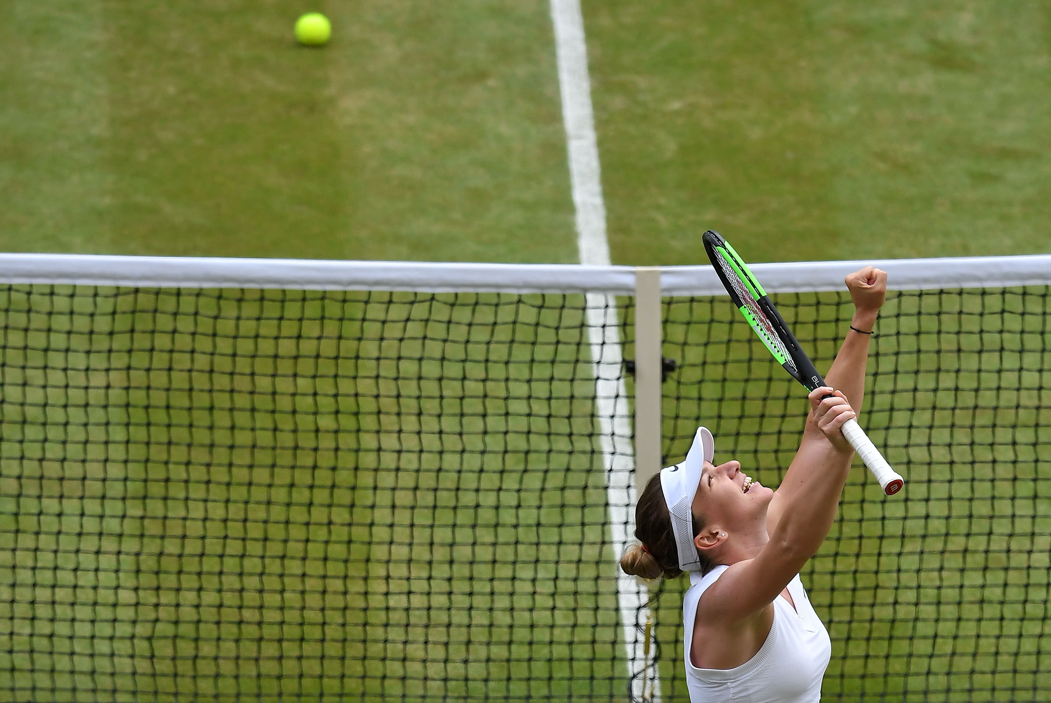 Simona Halep blitzes Serena Williams to win Wimbledon title