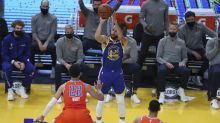 Stephen Curry puts up 49 points, 11 3-pointers in just 3 quarters vs. Thunder