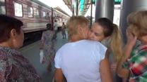 Donetsk residents flee Ukraine for Moscow
