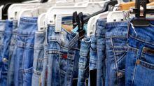 Vorwurf einer Kundin: Jeanslabel ließ die Kleidergröße schrumpfen