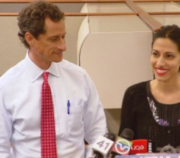 Sydney Leathers Weighs In on Anthony Weiner's Latest Sexting Scandal: 'He's Quite the Ego Maniac'
