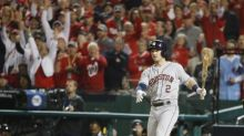 12-4. Bregman, Springer y Altuve acercan un poco más a Astros a los playoffs