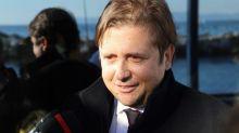 Il viceministro alla Salute rivendica la decisione della chiusura dell'Italia