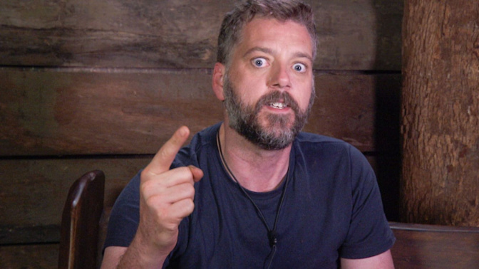 Iain Lee (kind of) takes back saying he wasn't bullied