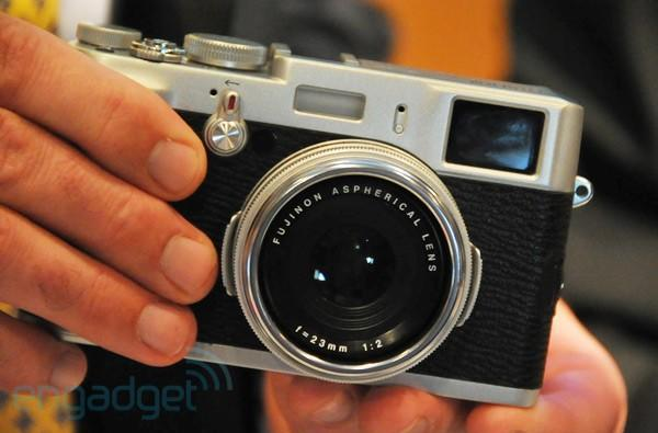 Fujifilm FinePix X100 reviewed: a stunning shooter through and through