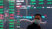 Borsa Shanghai chiude pesante su timori coronavirus, febbraio è peggior mese da maggio 2019
