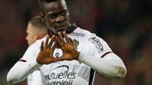 Balotelli to stay at Nice after signing one-year contract