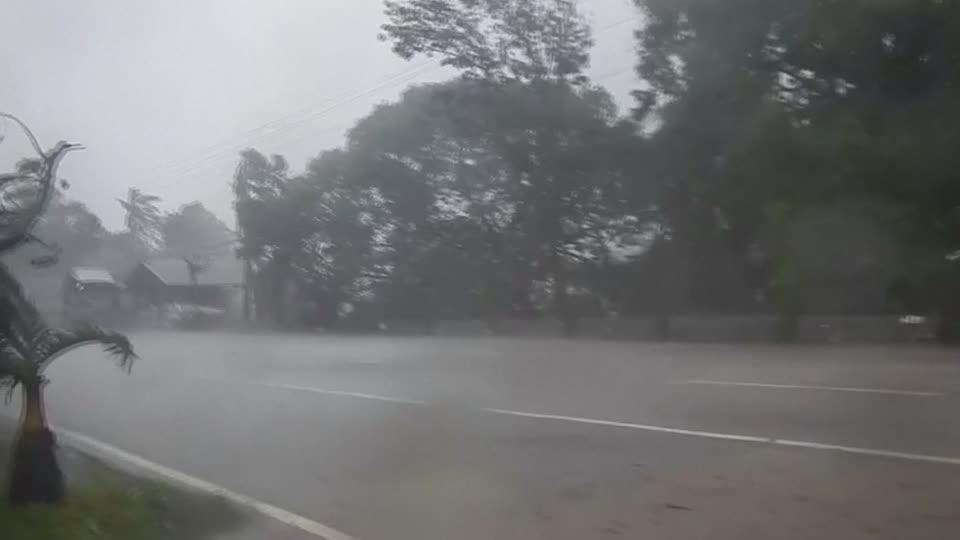 Super typhoon batters Philippines [Video]