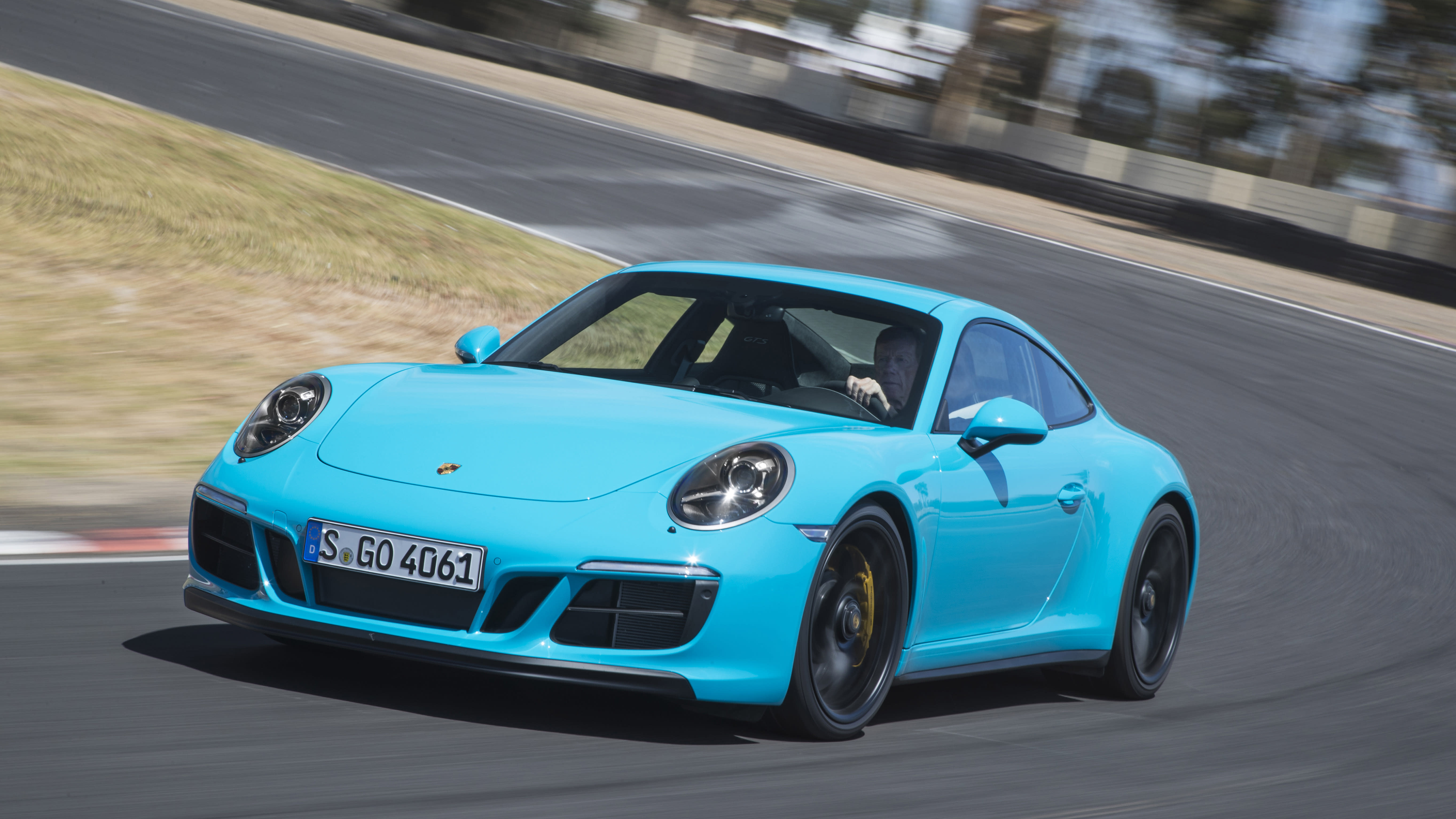US Porsche Dealers To Get 10% More 911s They Wanted