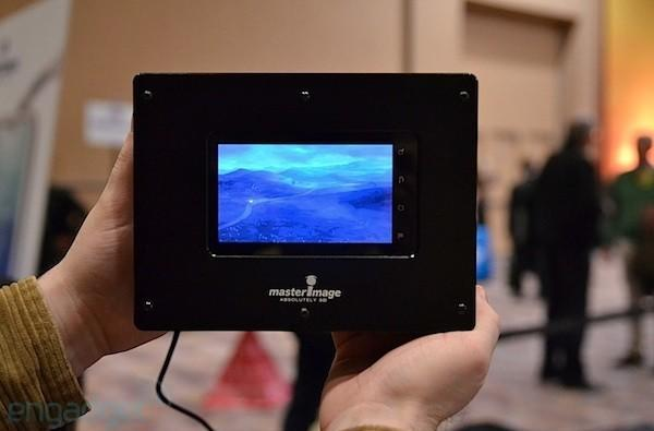 MasterImage 3D glasses-free smartphone and tablet displays hands-on