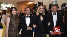 Rechtsstreit mit Nirvana: Marc Jacobs' Anwälte fordern, die Klage fallen zu lassen