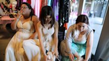 Prom day present: Underprivileged students find perfect outfits at 'Prom Day' giveaway