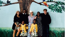 Madonna poses with all 6 of her children while visiting Malawi Hospital named after daughter Mercy