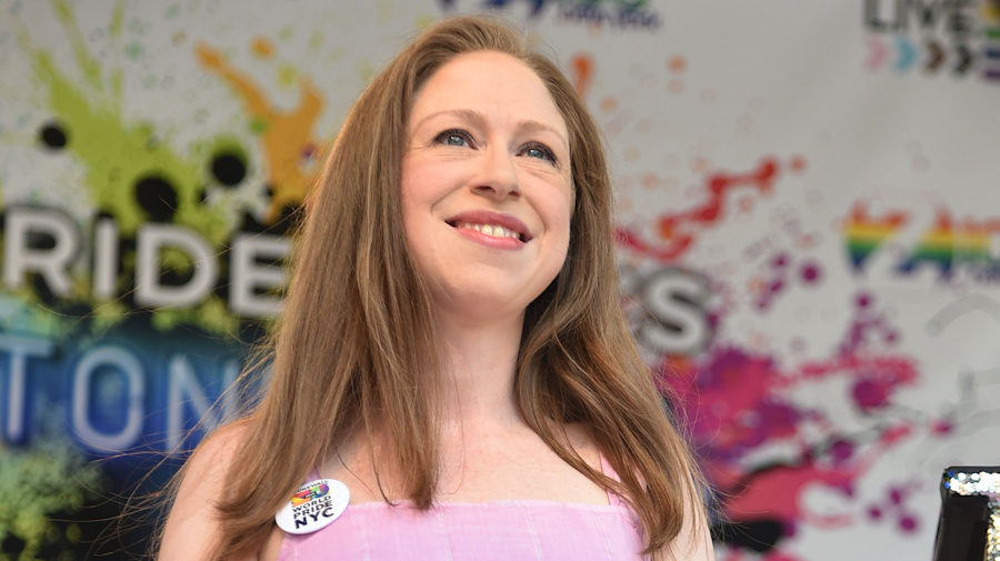 Chelsea Clinton gives birth to her 3rd child