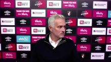 Mourinho walks out of press conference due to technical problems