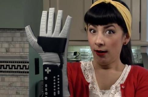 This PowerGlove stays in the kitchen, not with your NES (video)