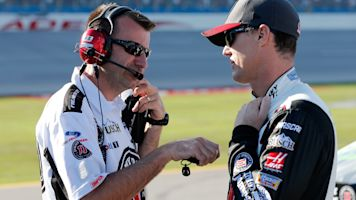 Crew chief: Illegal spoiler isn't why Harvick won