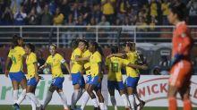 """No início da """"era Pia"""", Brasil atropela a frágil Argentina no Pacaembu"""