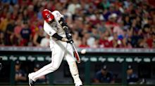 Nick Castellanos carries the Cincinnati Reds to a series-opening win over the Braves