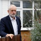 Offering UK a Brexit choice, Labour's Corbyn stays shy on his view