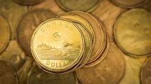 Loonie mocks efficient-market theory as April win streak lengthens
