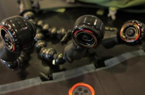 CineSkates smooth your camera's roll (video)