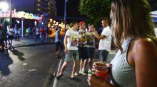 Islas Baleares ordenan cierre de bares por pandemia