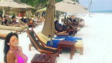 El sensual álbum de Majo Martino, la notera hot, de vacaciones sola en el paraíso