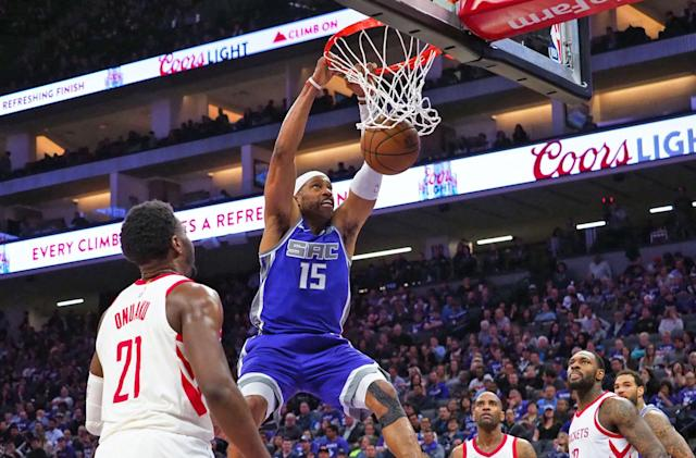 Sacramento Kings use next-gen texting to send tickets and schedules