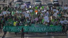 Detienen a ocho mujeres en manifestación del 28S en Tijuana, BC; una está desaparecida