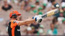 Scorchers thump fumbly Thunder in Perth