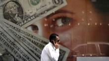 Dollar Drops as Sterling Shines on Brexit-Deal Optimism