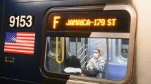 Gobierno de Biden exigirá uso de mascarillas en todo transporte público