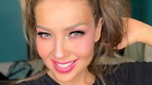 Thalía levanta sospechas de bótox o un posible estiramiento facial