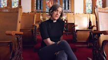 """Pastor Nadia Bolz-Weber To Exit Church After """"Epic Dance Party With Red Velvet Cake"""""""