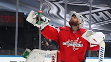 Canucks sign Braden Holtby to replace departing Jacob Markstrom