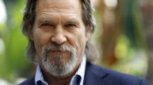Celebrities send Jeff Bridges encouragement amid cancer diagnosis: 'We're pulling for you'